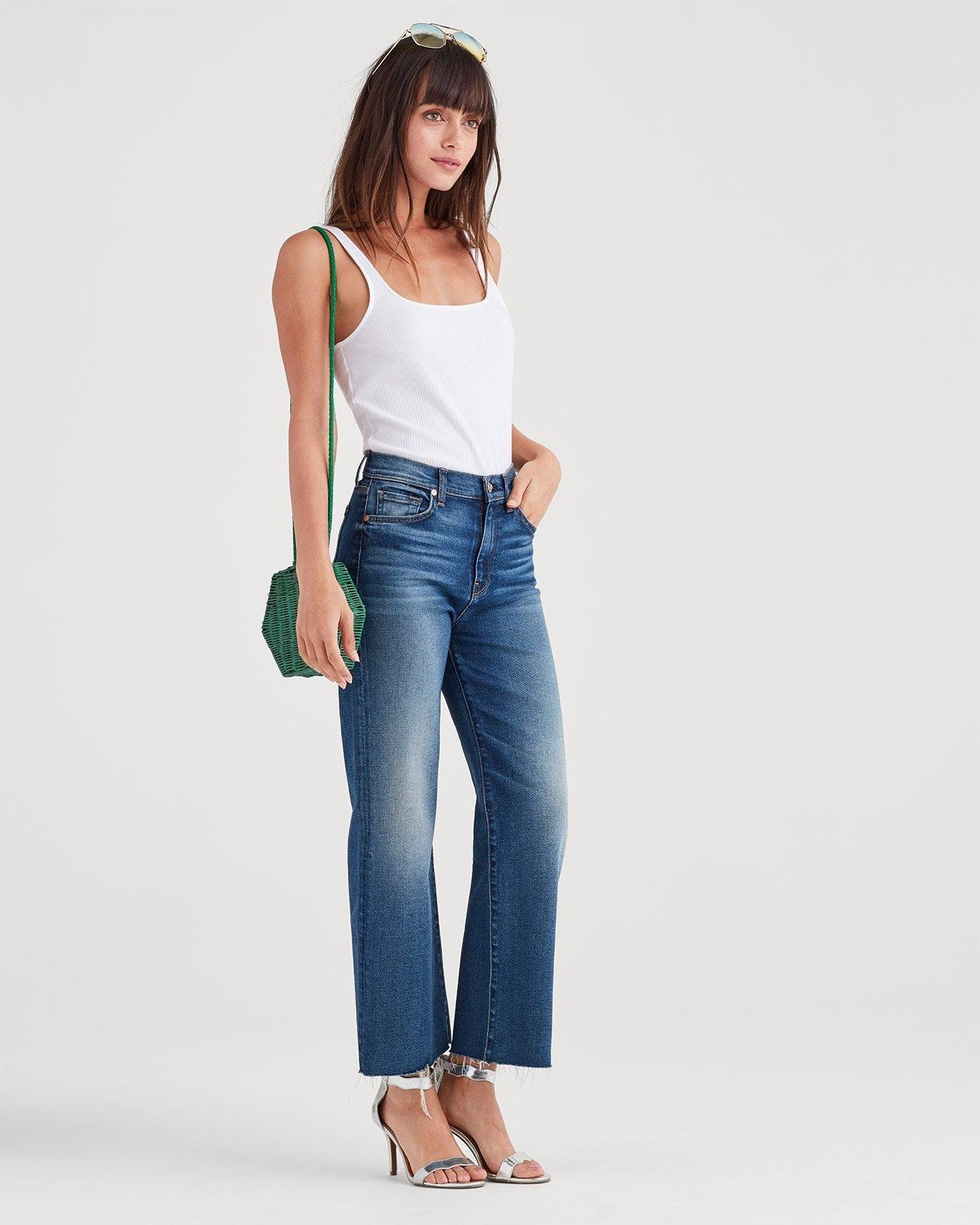 bab5ce5ef0 Lyst - 7 For All Mankind Luxe Vintage Cropped Alexa With Cut Off Hem In  Femme in Blue