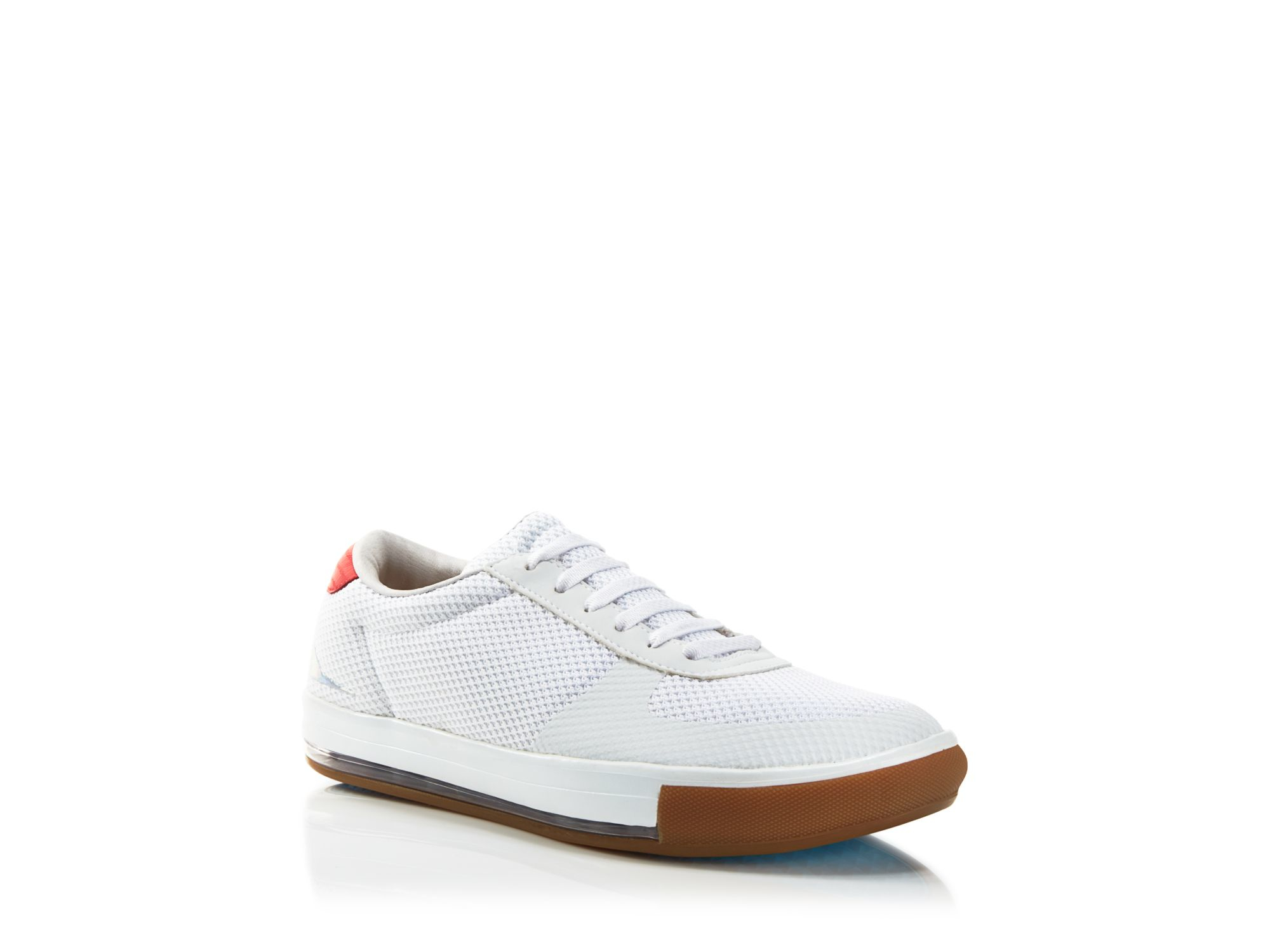 Many of the trendy sneakers today are available in all-white color and mesh. White is an excellent color of choice, which will make the footwear versatile. White is an excellent color of choice, which will make the footwear versatile.