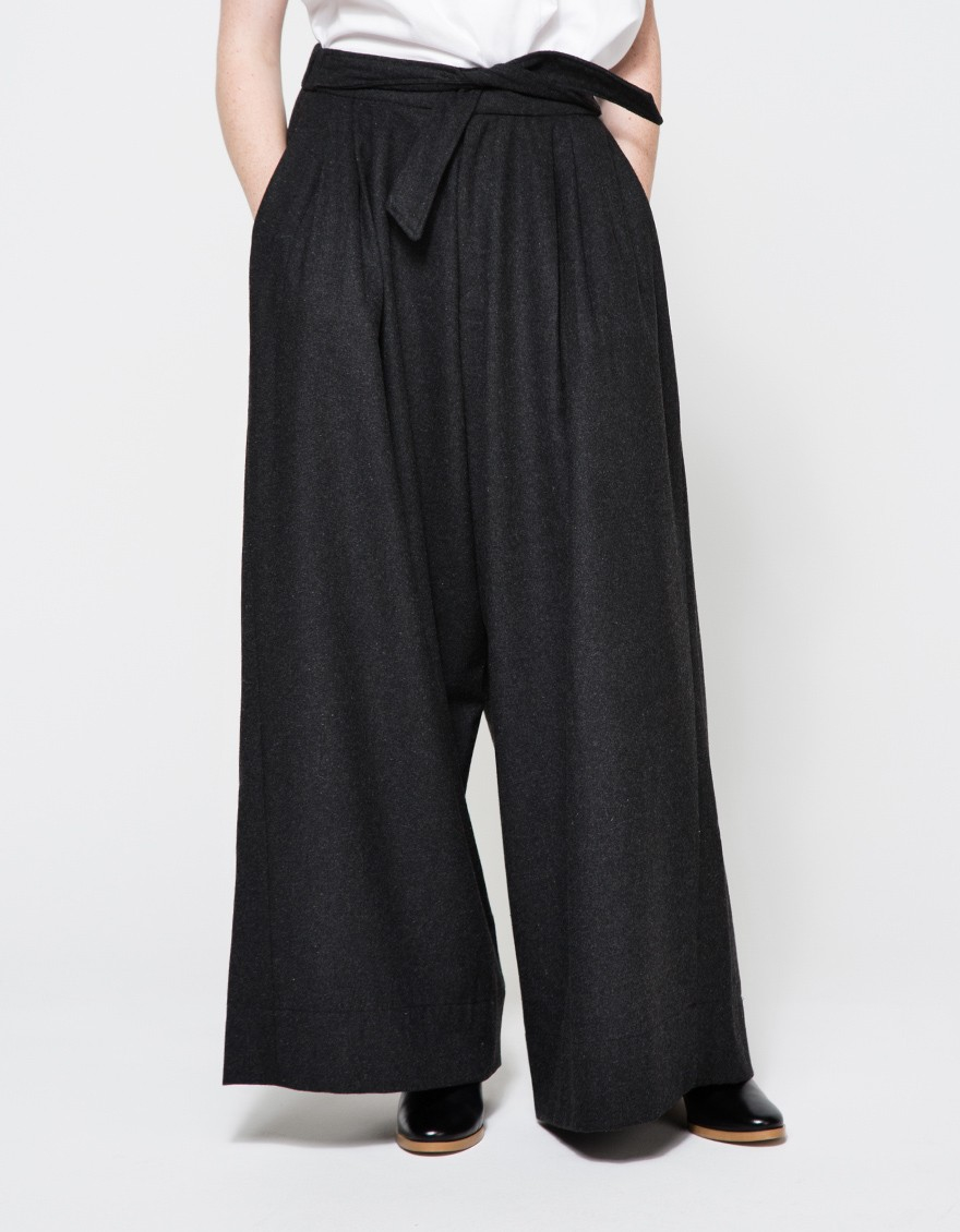 B22 / PTBAGZDC - 65/35 Poly/Cotton Blended Baggy Pants, Zipper Fly - Available in Black &