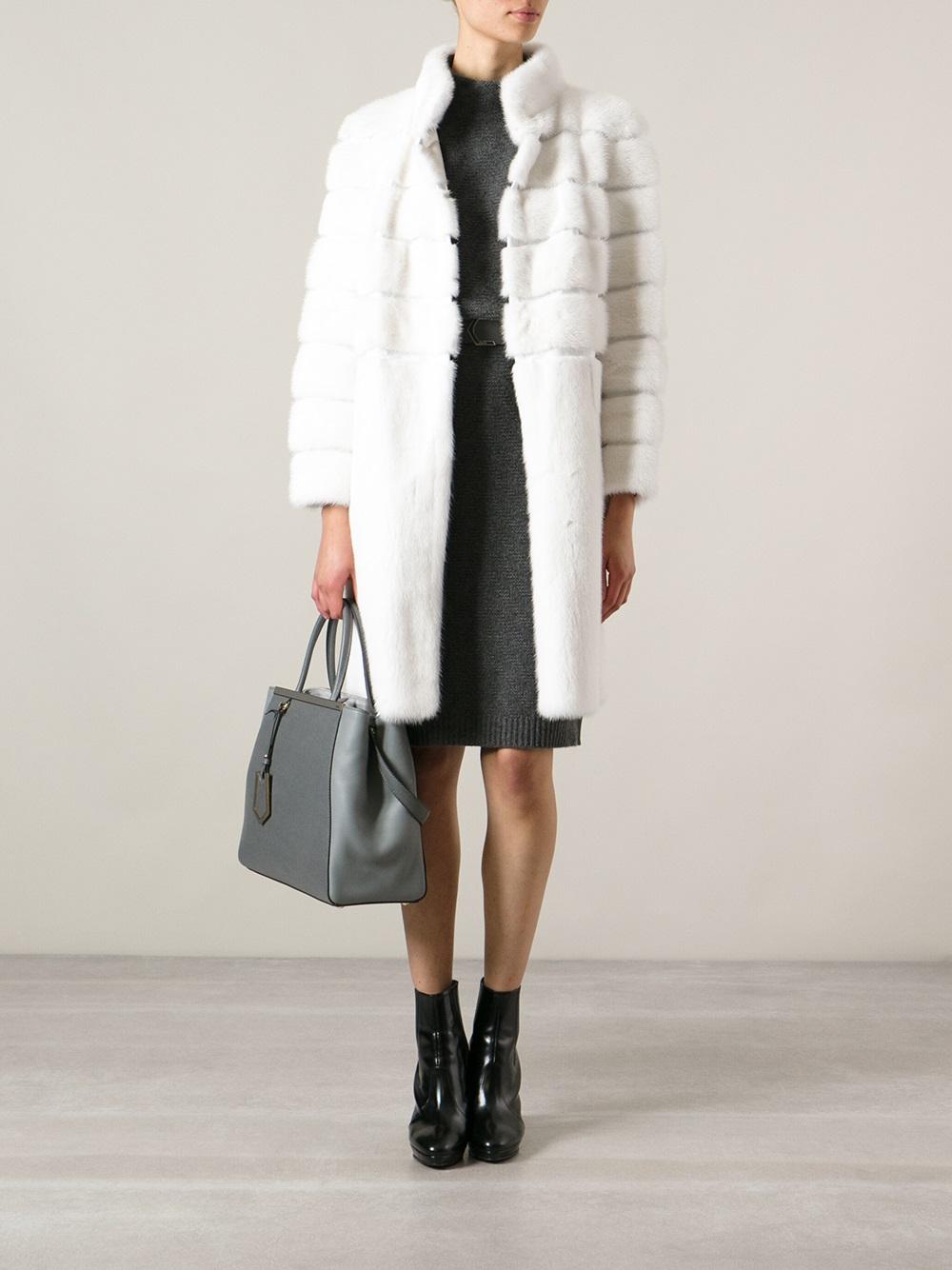 Fendi Medium '2Jours' Tote in Grey (Grey)