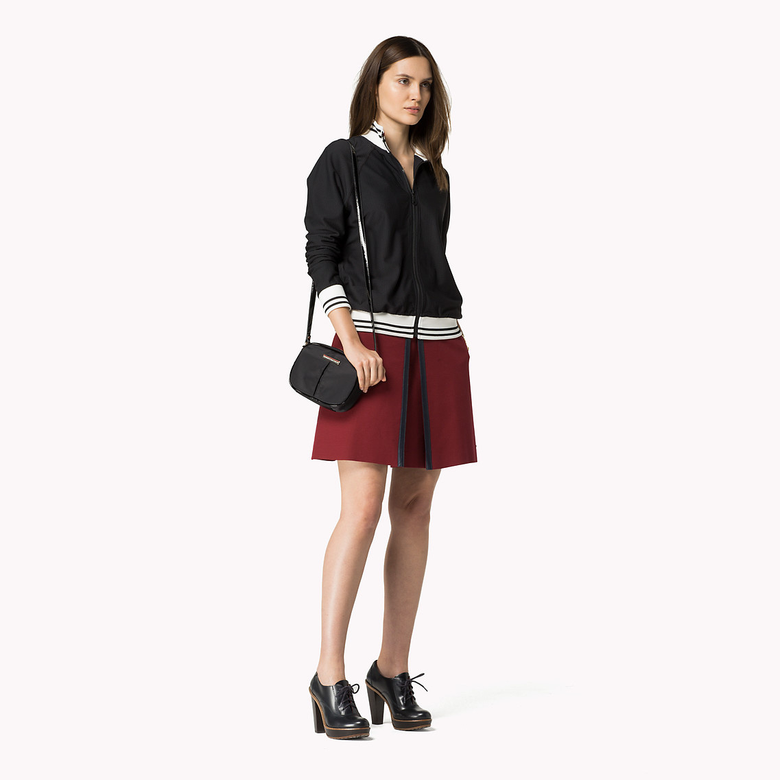 07a80f863d3b Tommy Hilfiger Chico Mini Crossover in Black - Lyst