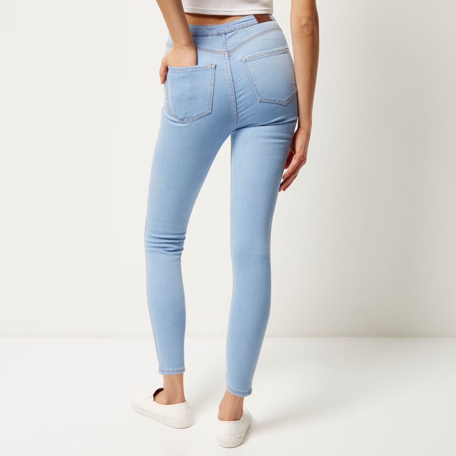 56bb6cb3ff0a4 River Island Light Wash High Waisted Molly Jeggings in Blue - Lyst