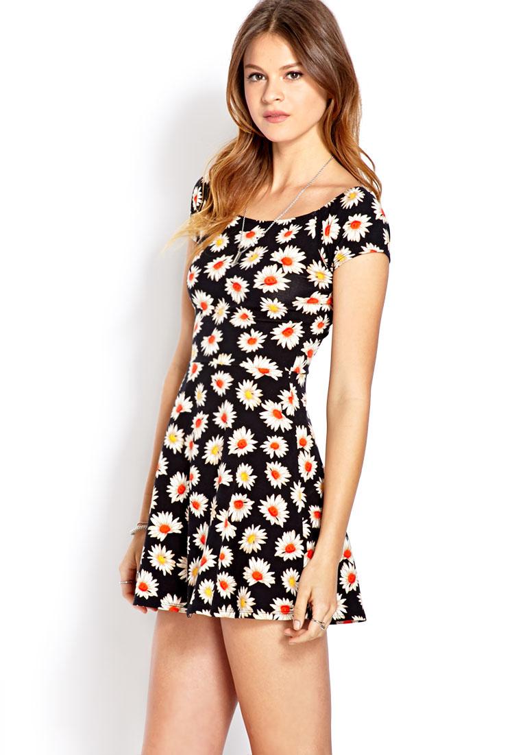 6ddc143c22e Black Floral Skater Dress Forever 21 - Gomes Weine AG