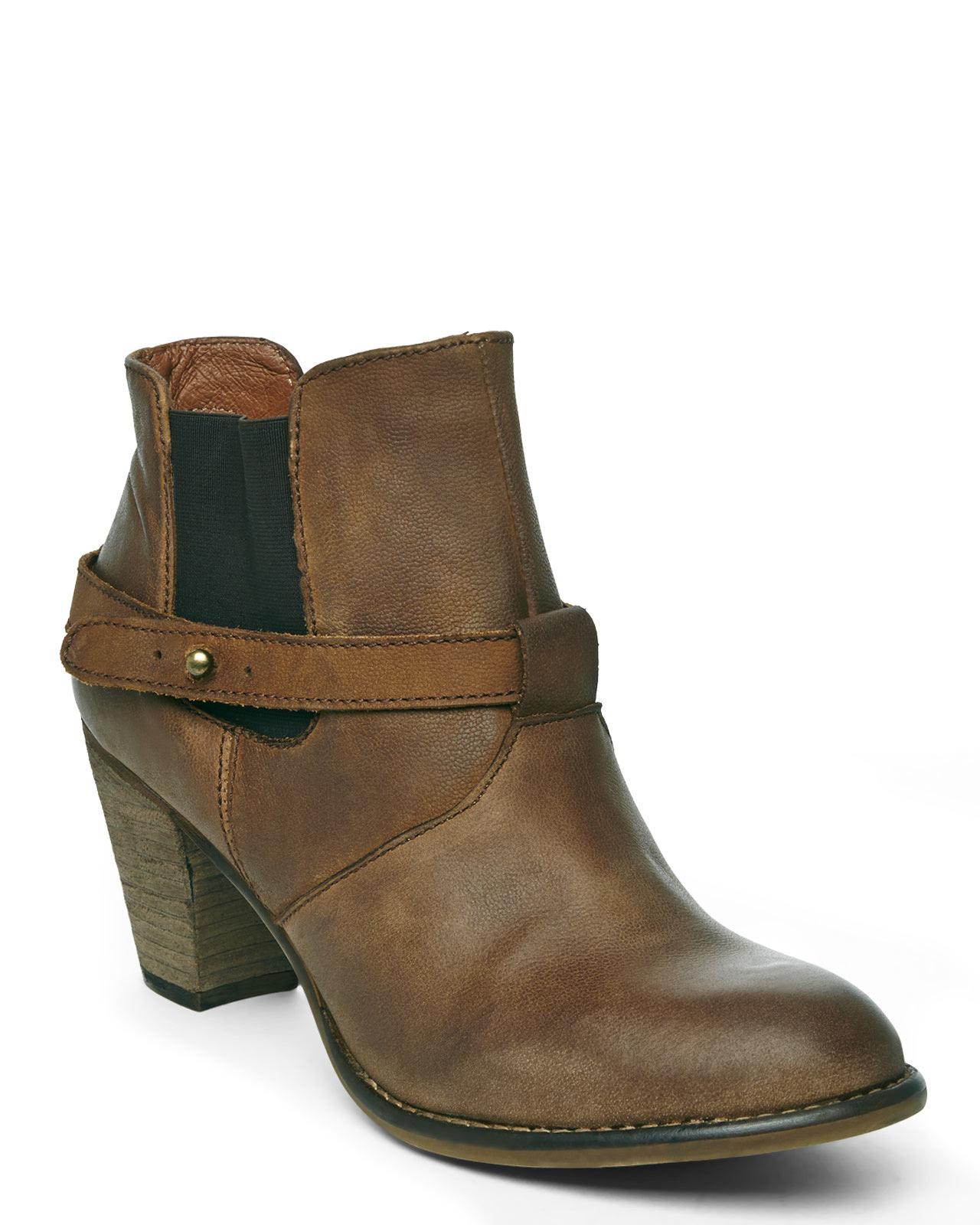 steve madden cognac spunkk ankle boots in brown lyst
