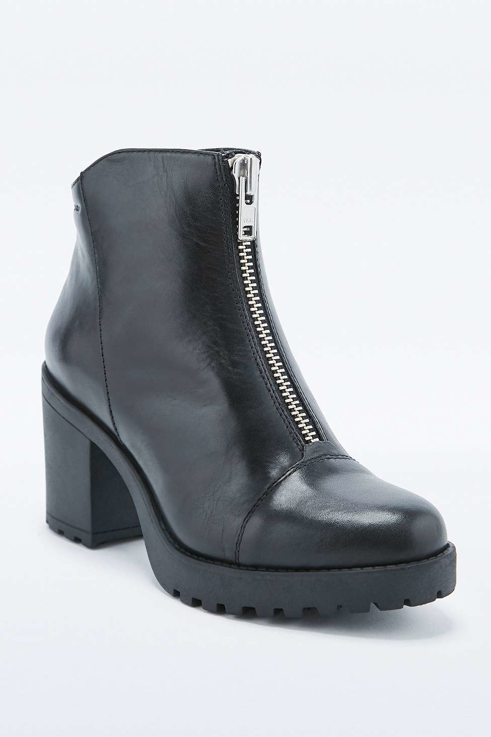 Vagabond Leather Grace Zip Front Ankle Boots in Black
