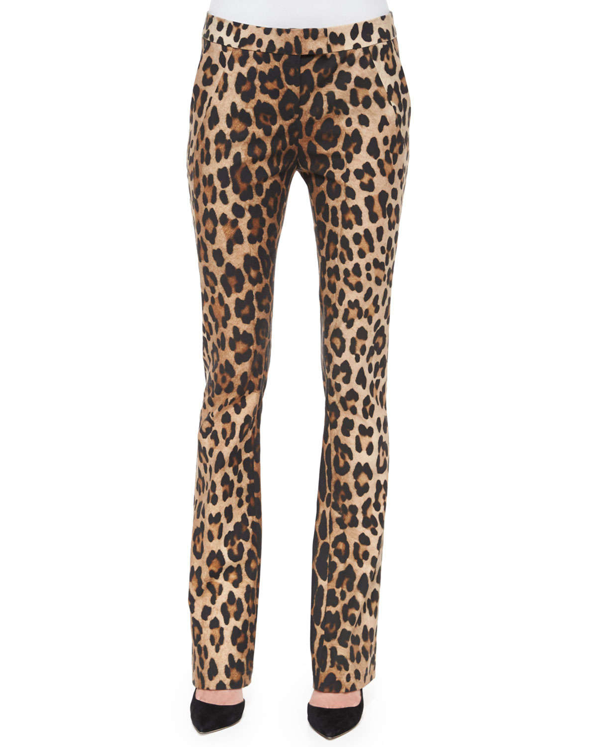 Women's Brown Get It Hit It Velvet Leopard Pant $ 45 From AKIRA Price last checked 28 minutes ago Product prices and availability are accurate as of the date/time indicated and are subject to change.