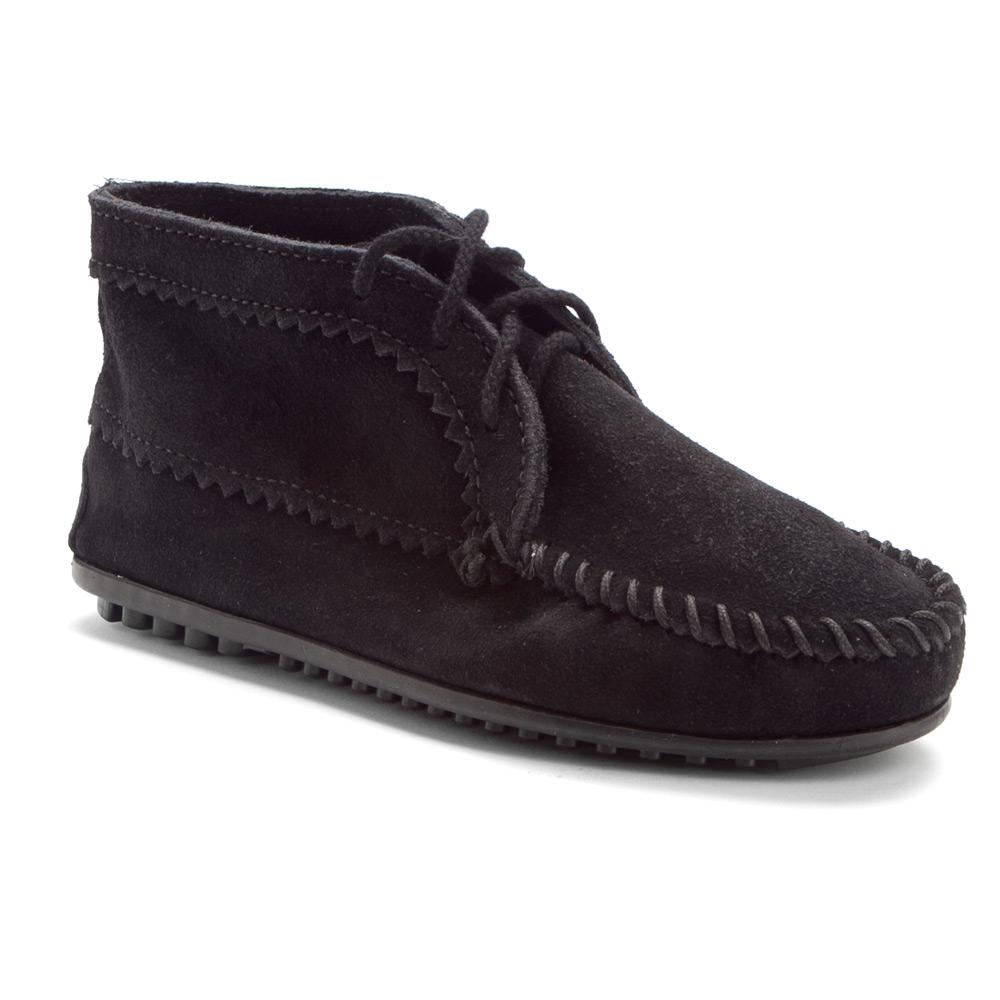 minnetonka suede ankle boot in black lyst
