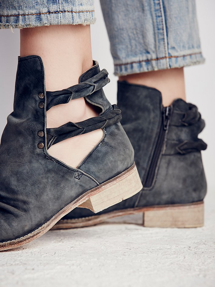 9afa63f1c Free People Landslide Ankle Boot in Gray - Lyst