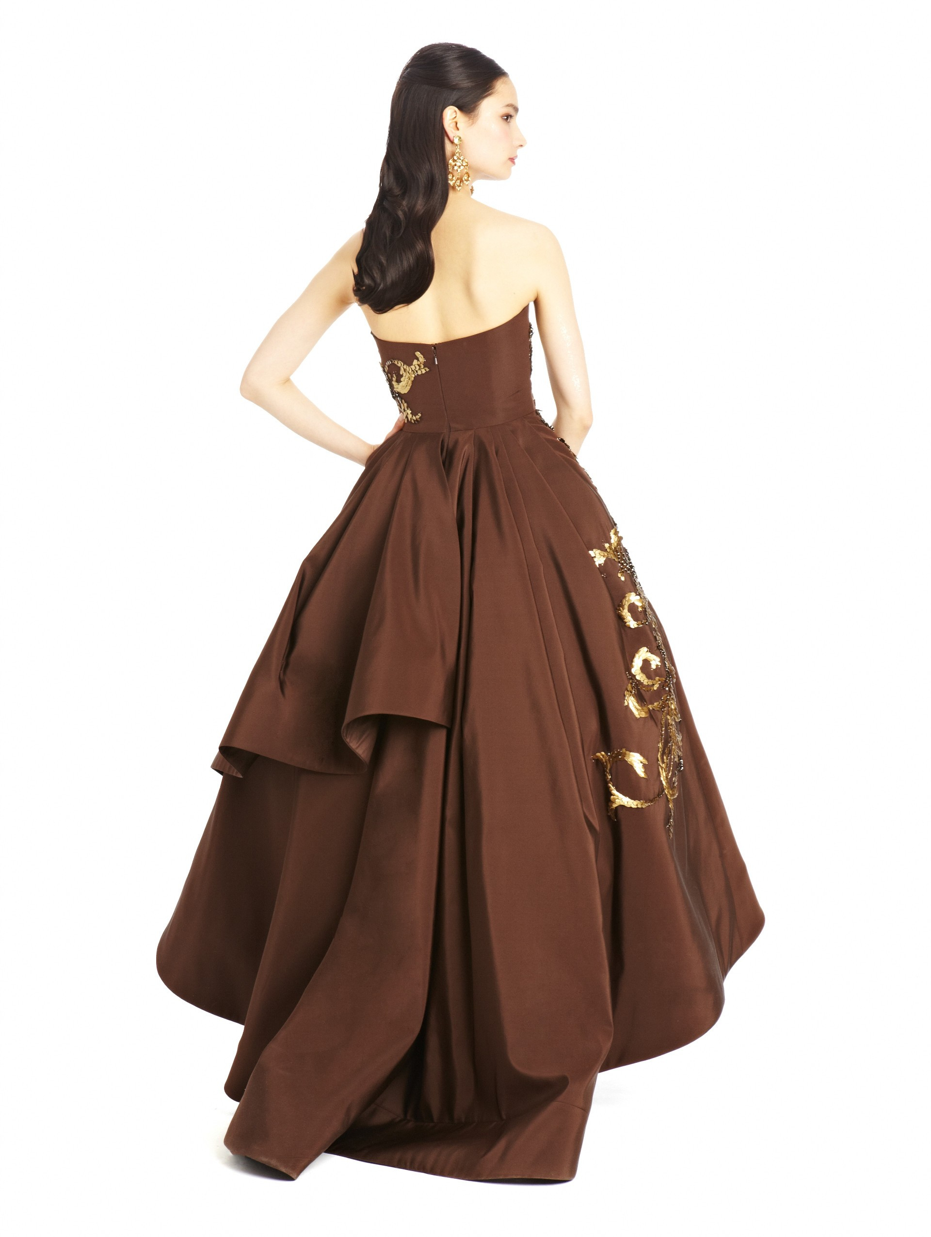 lyst oscar de la renta feather embroidered silk faille high low gown in brown. Black Bedroom Furniture Sets. Home Design Ideas