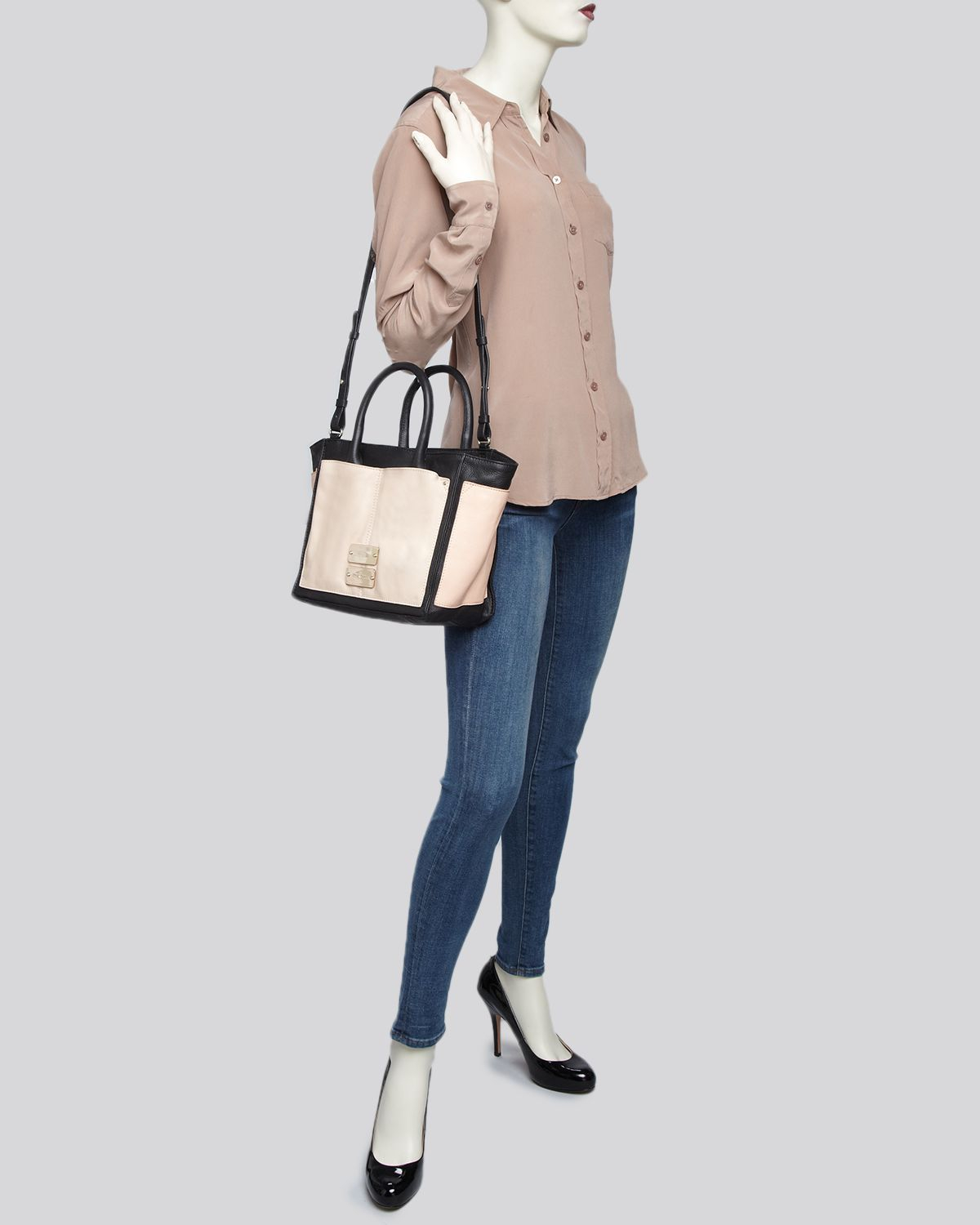 See By Chloé Tote - Nellie Medium Zip in Natural