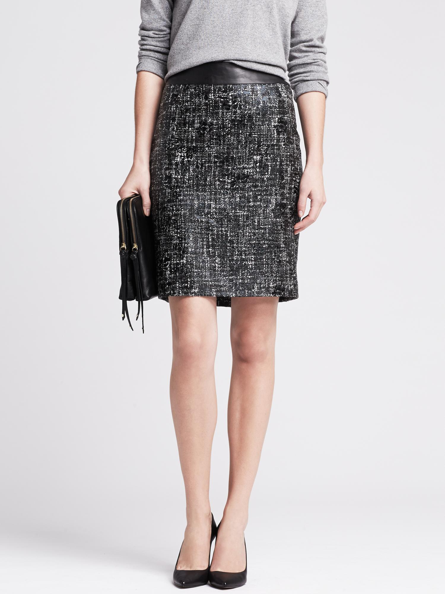 banana republic coated tweed pencil skirt in black br