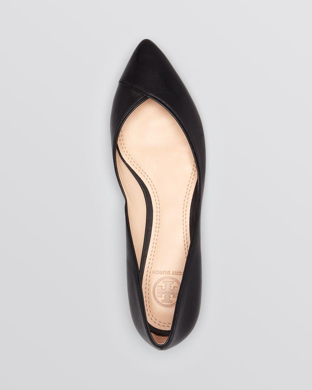 70c5a9db578 Lyst - Tory Burch Pointed Toe Flats - Nicki in Black