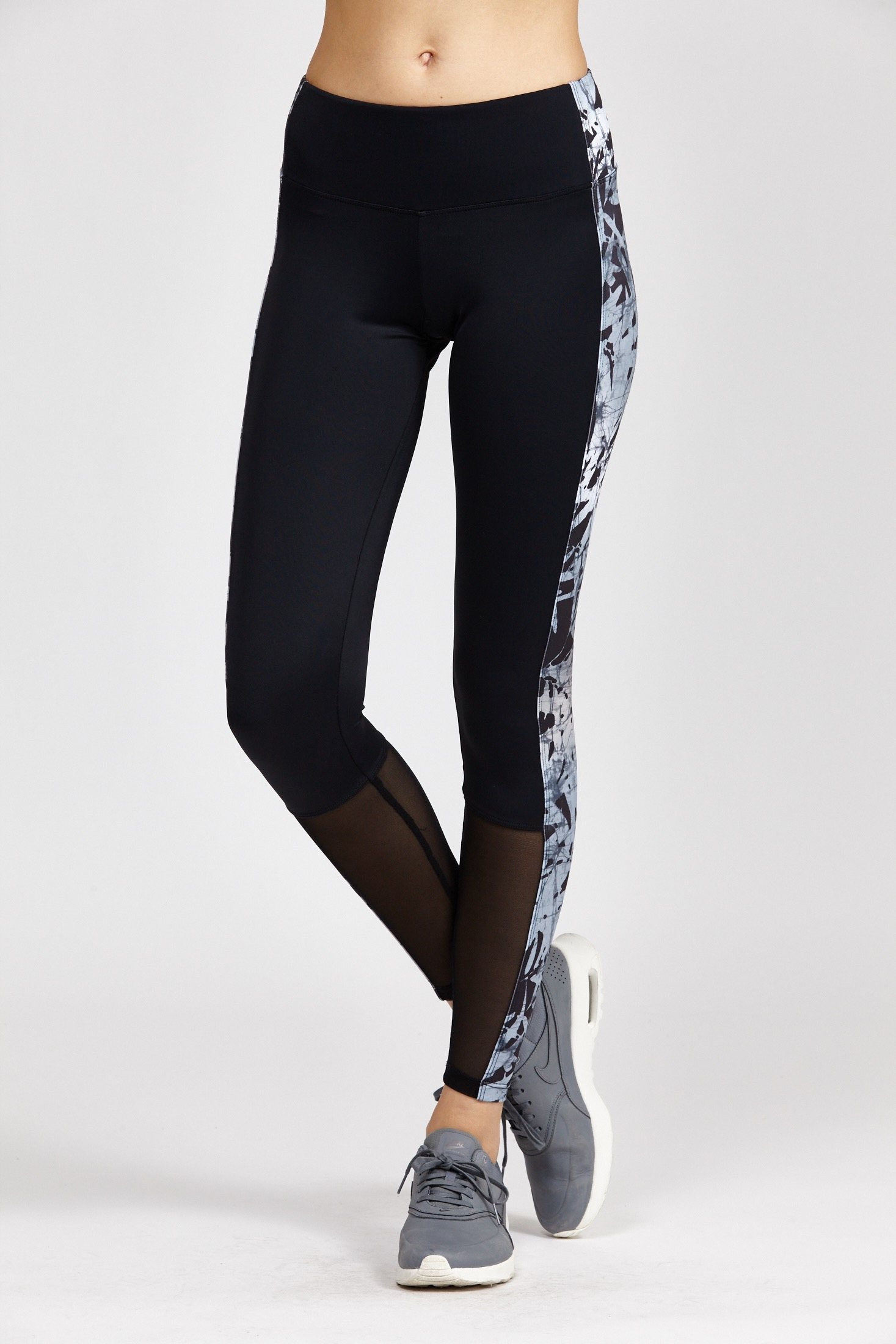 Onzie Colorblock Legging In Black Lyst