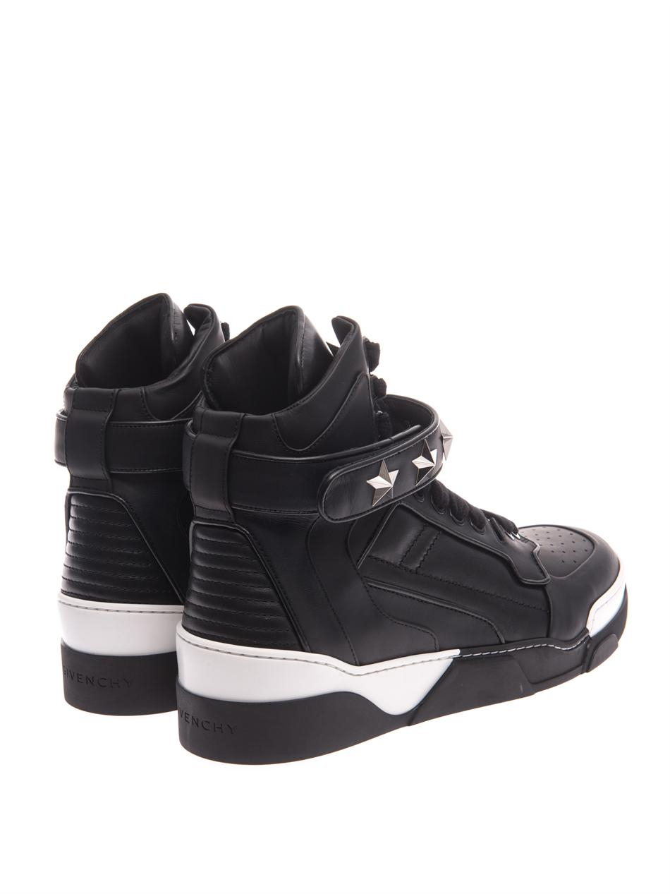 Givenchy Tyson Star Leather Hightop Trainers In Black For