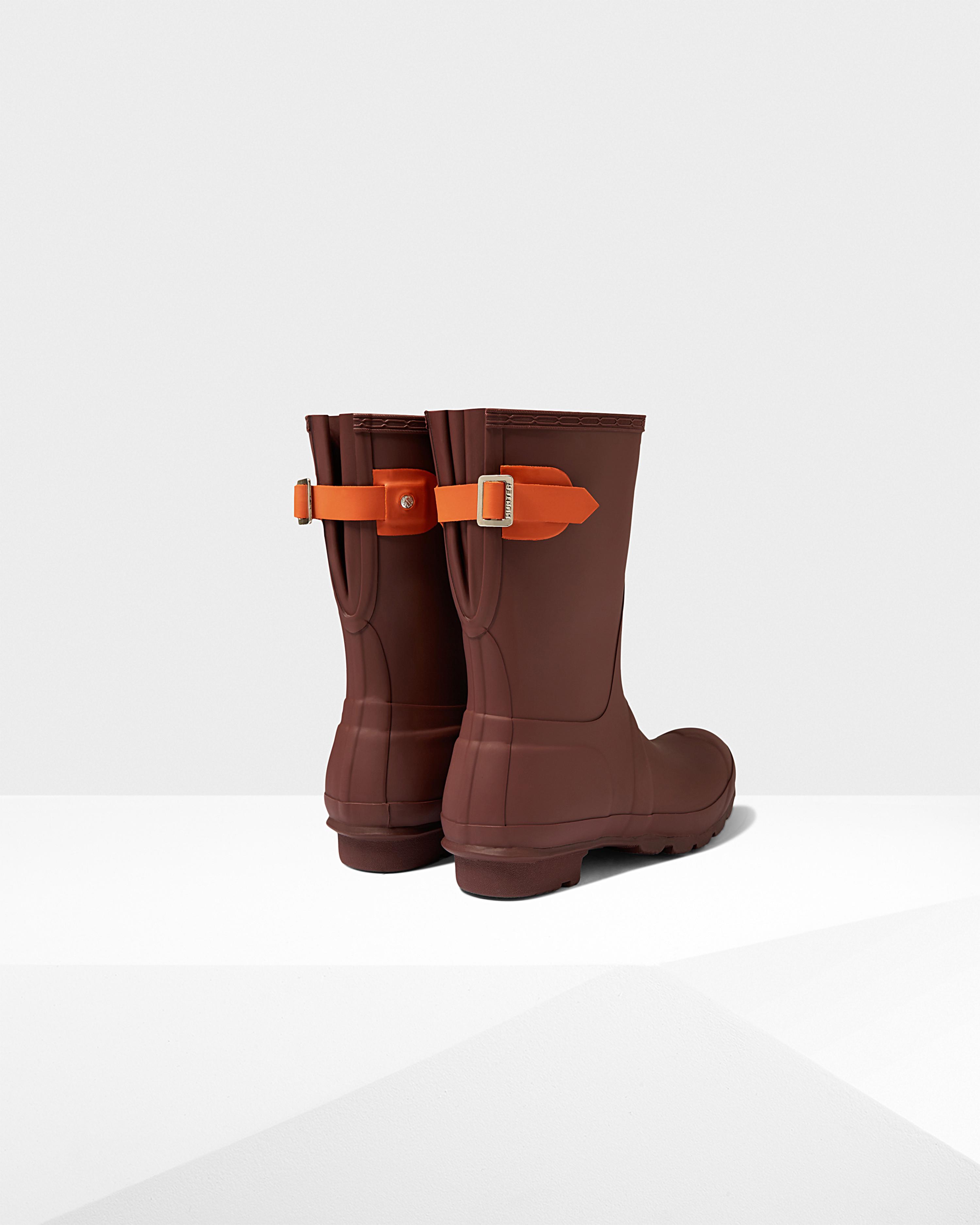 Lyst - HUNTER Women s Original Short Back Adjustable Rain Boots in ... 919b4cd142