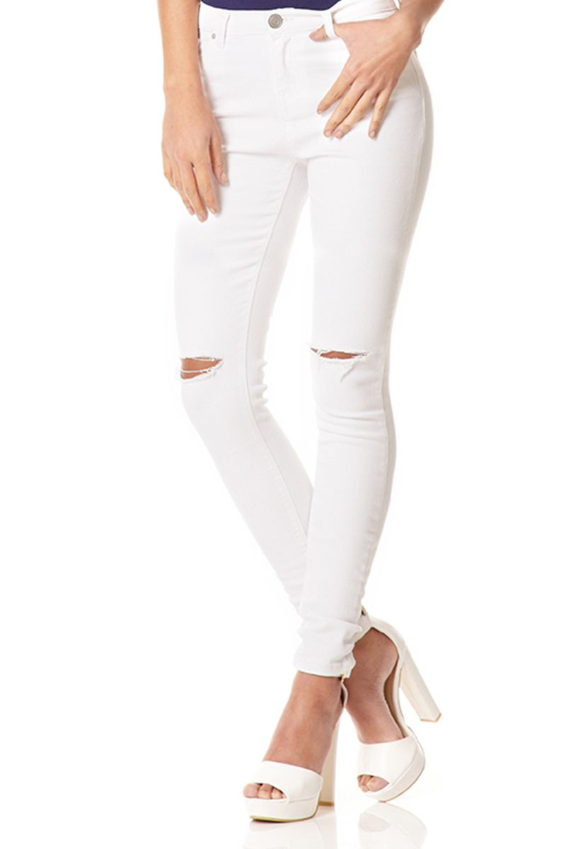 Ripped knee jeans white