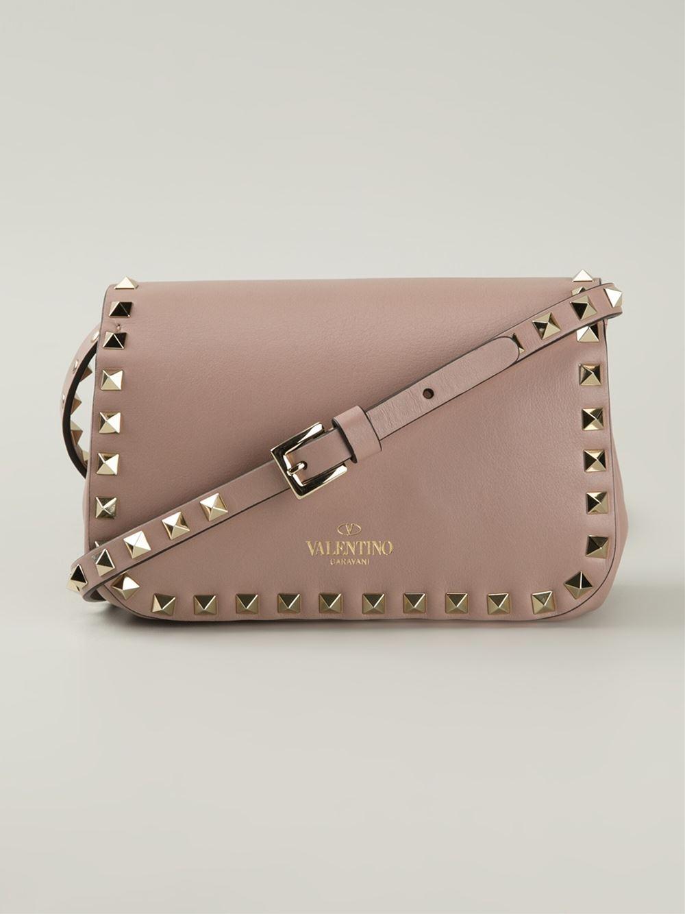 026699356 Valentino 'Rockstud' Crossbody Bag in Natural - Lyst