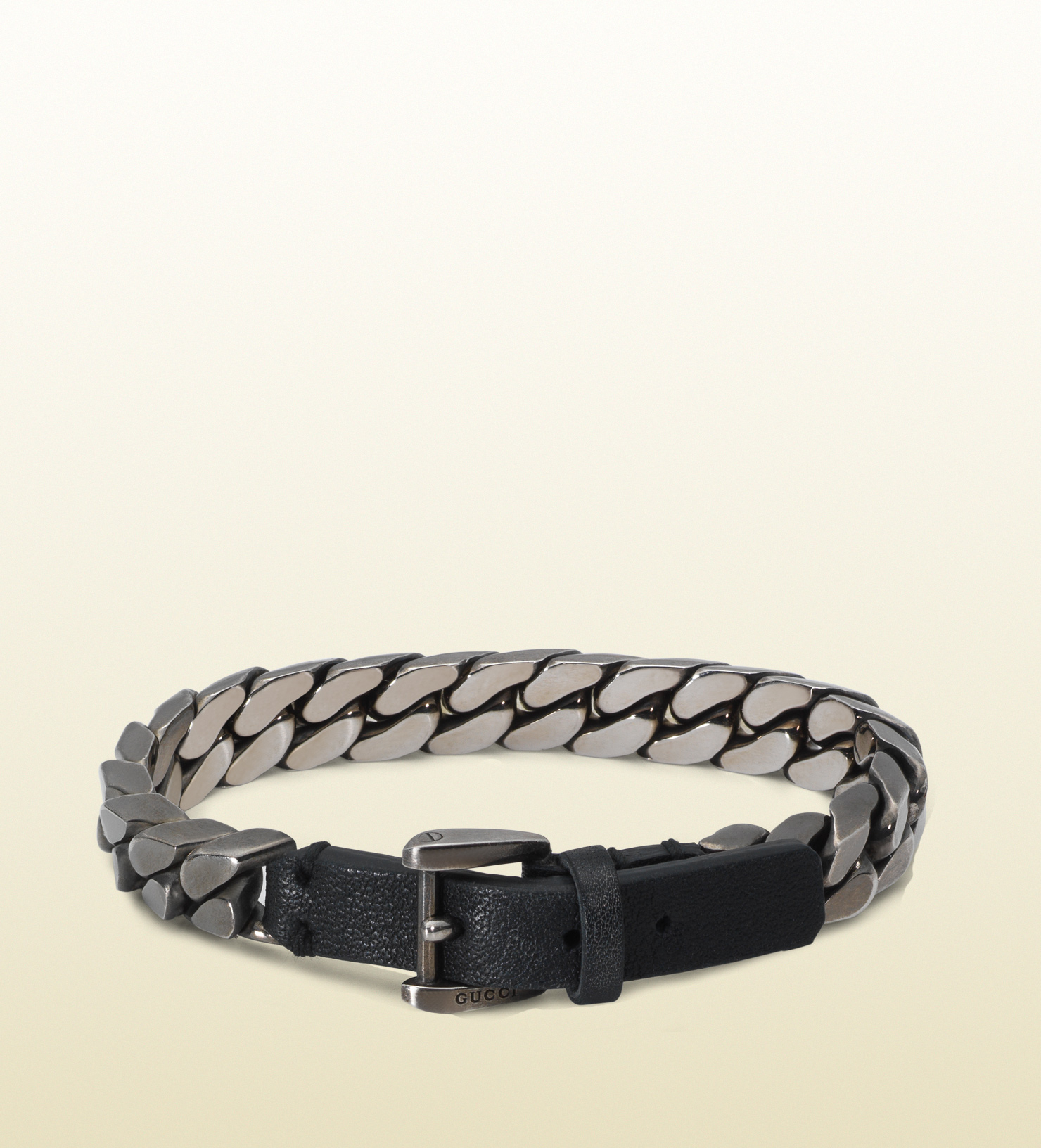gucci chain bracelet with leather clasp in metallic for