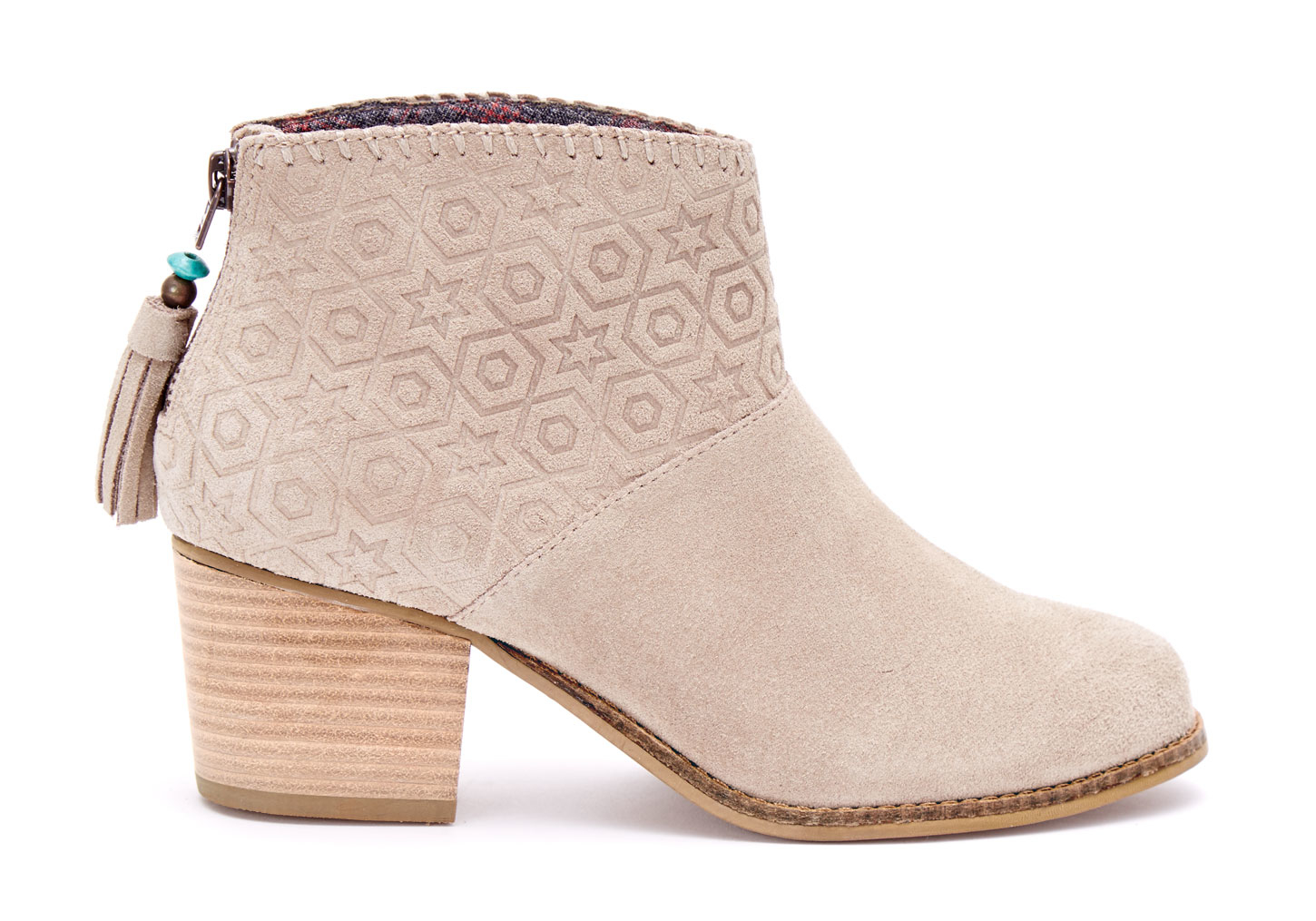 Shop Women's Joie Tan size Ankle Boots & Booties at a discounted price at Poshmark. Description: New Beige/ Tan suede booties from Joie Gorgeous and comfortable Suede sole