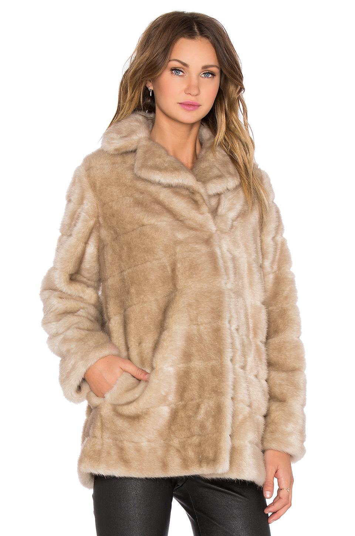 Kate spade new york Blonde Mink Faux Fur Coat in Metallic | Lyst