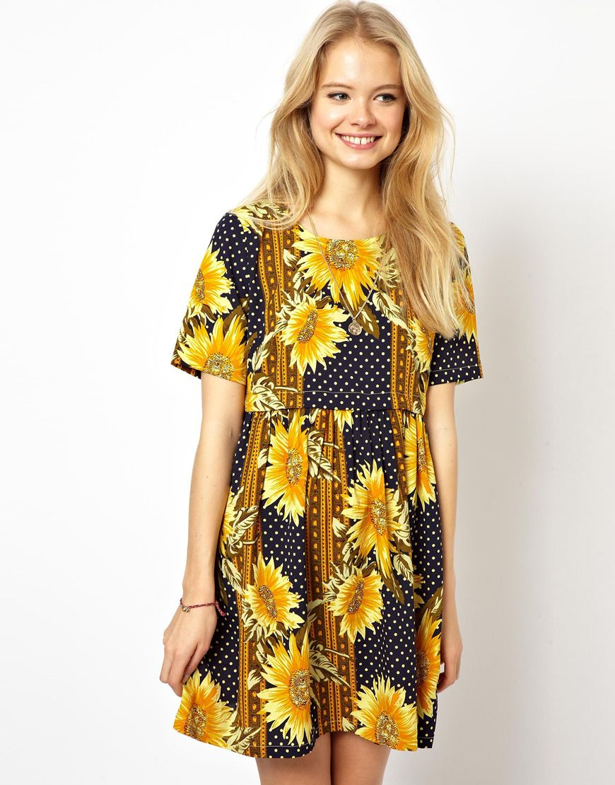 b04abe822b78 ASOS Dress In Sunflower Print With Button Off Waist - Lyst