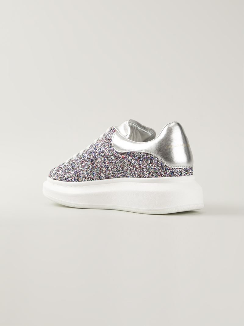Alexander McQueen Glittered Extended Sole Sneakers in Metallic