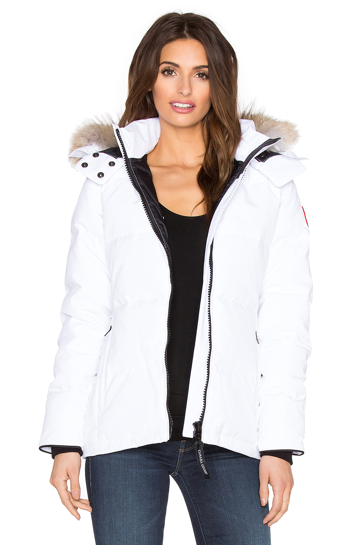 Lyst - Canada Goose Chelsea Coyote Fur Parka in White d5fa64acbd50