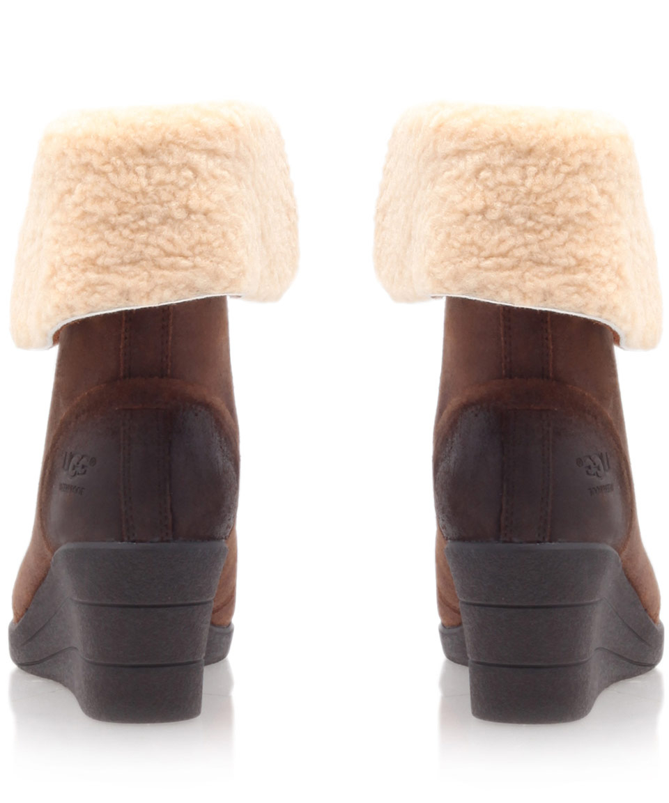 69cb69357de UGG Brown Leather Zea Shearling Lace Up Ankle Boots