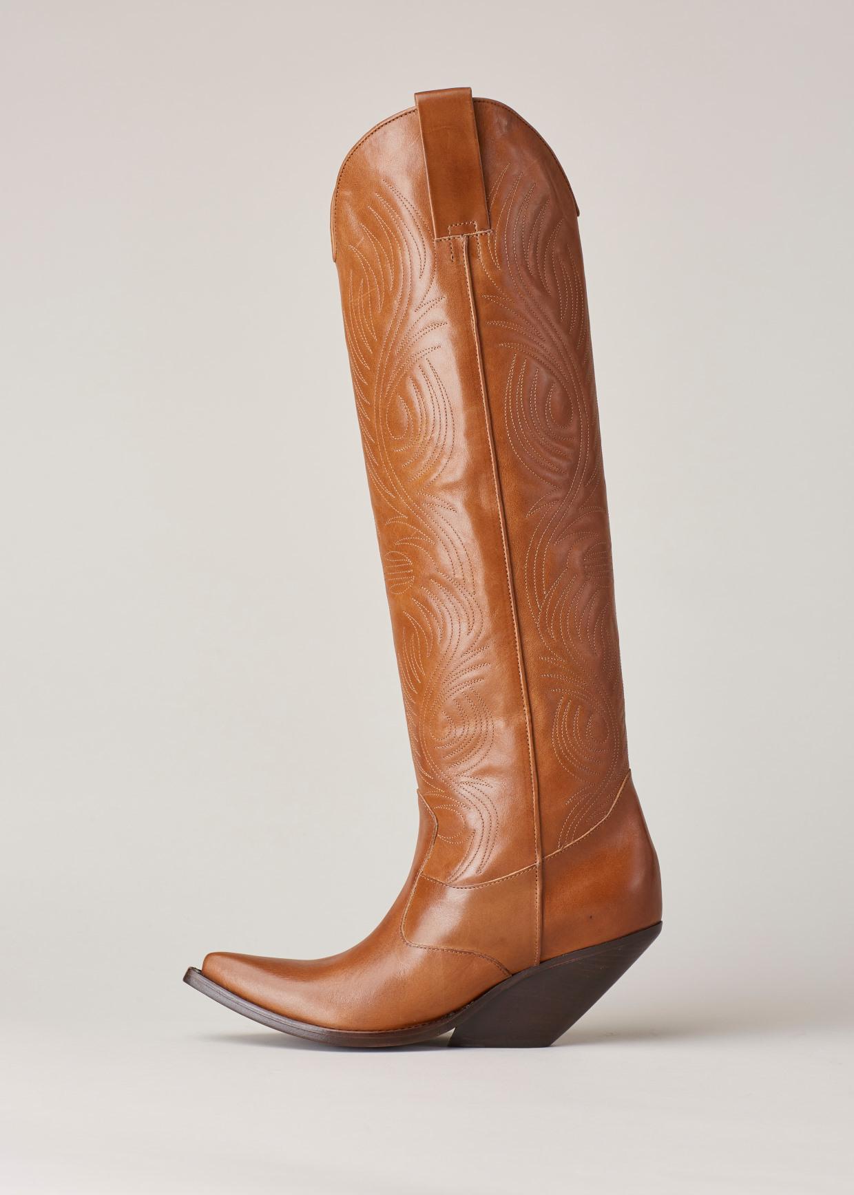 e1da579868b Vetements Brown Leather Cowboy Boots