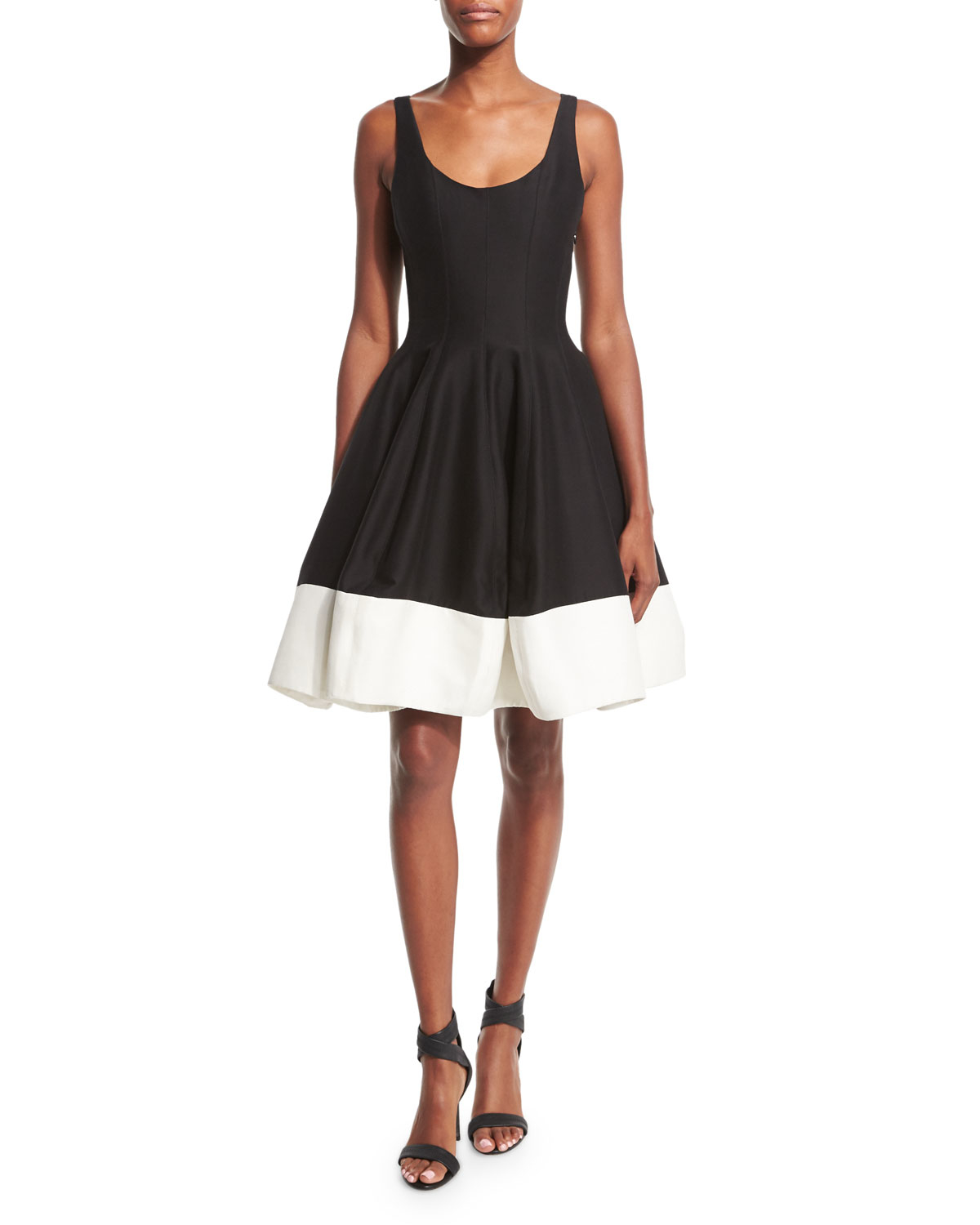 Halston heritage sleeveless scoop neck colorblock fit for Halston heritage shirt dress