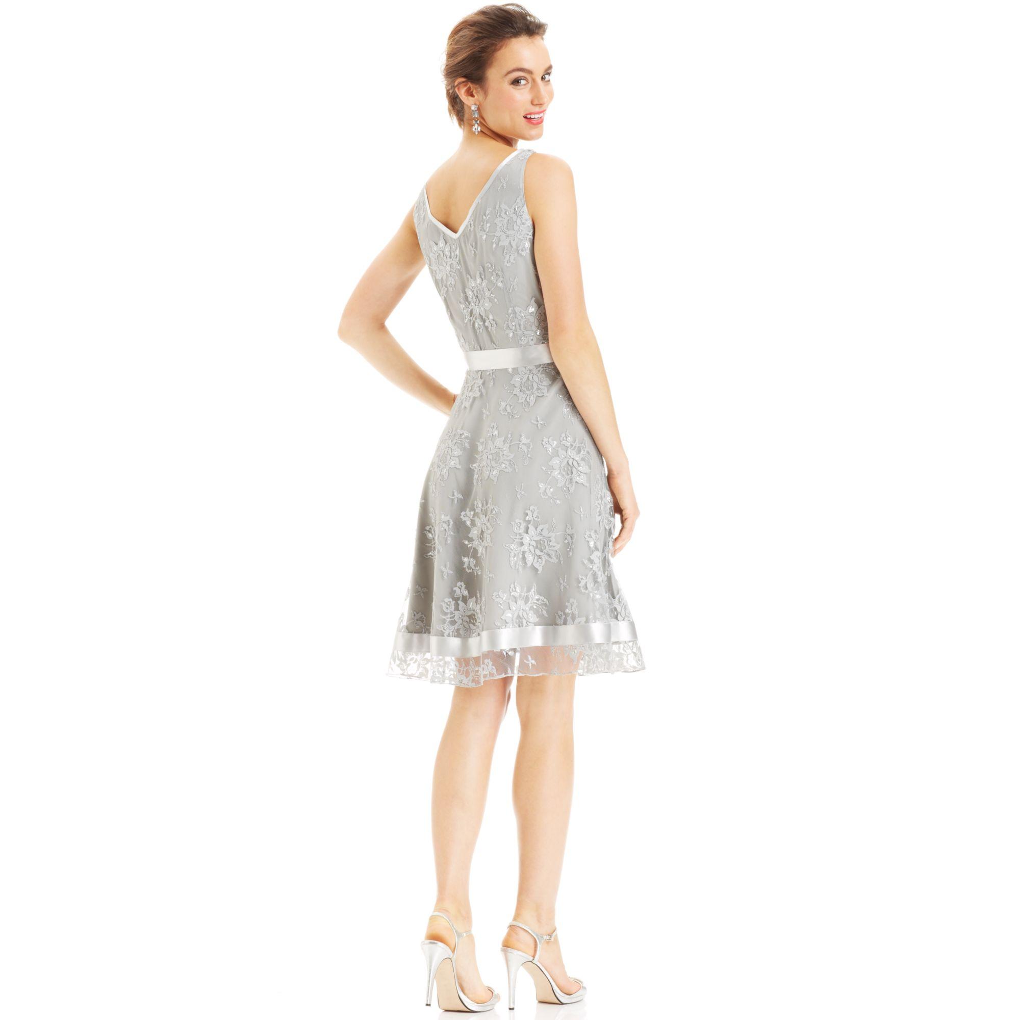 2a9873b3 Tahari By Asl Sleeveless Metallic Lace Belted Dress in Metallic - Lyst