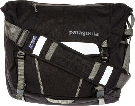 2bbc9464331b Patagonia The Half Mass Messenger Bag in Unprincipled for Men