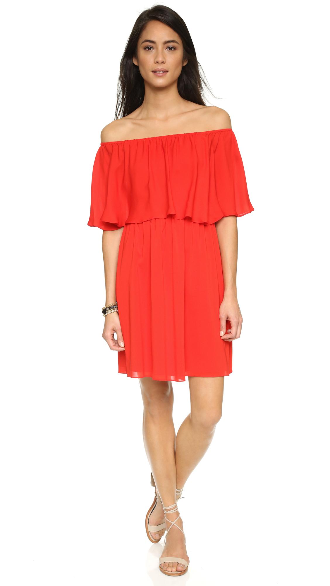 21a7c9fb2e5d Lyst - Alice + Olivia Shari Off Shoulder Dress in Red
