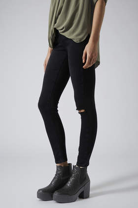 TOPSHOP Hola Chelsea Boots in Black