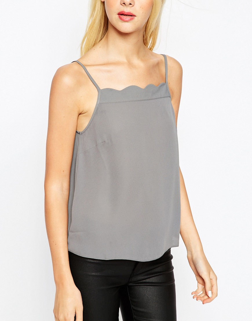 Shop New Look's range of women's cami tops and find classic black and white styles to lace trim and faux satin numbers. Browse our camisole collection today.