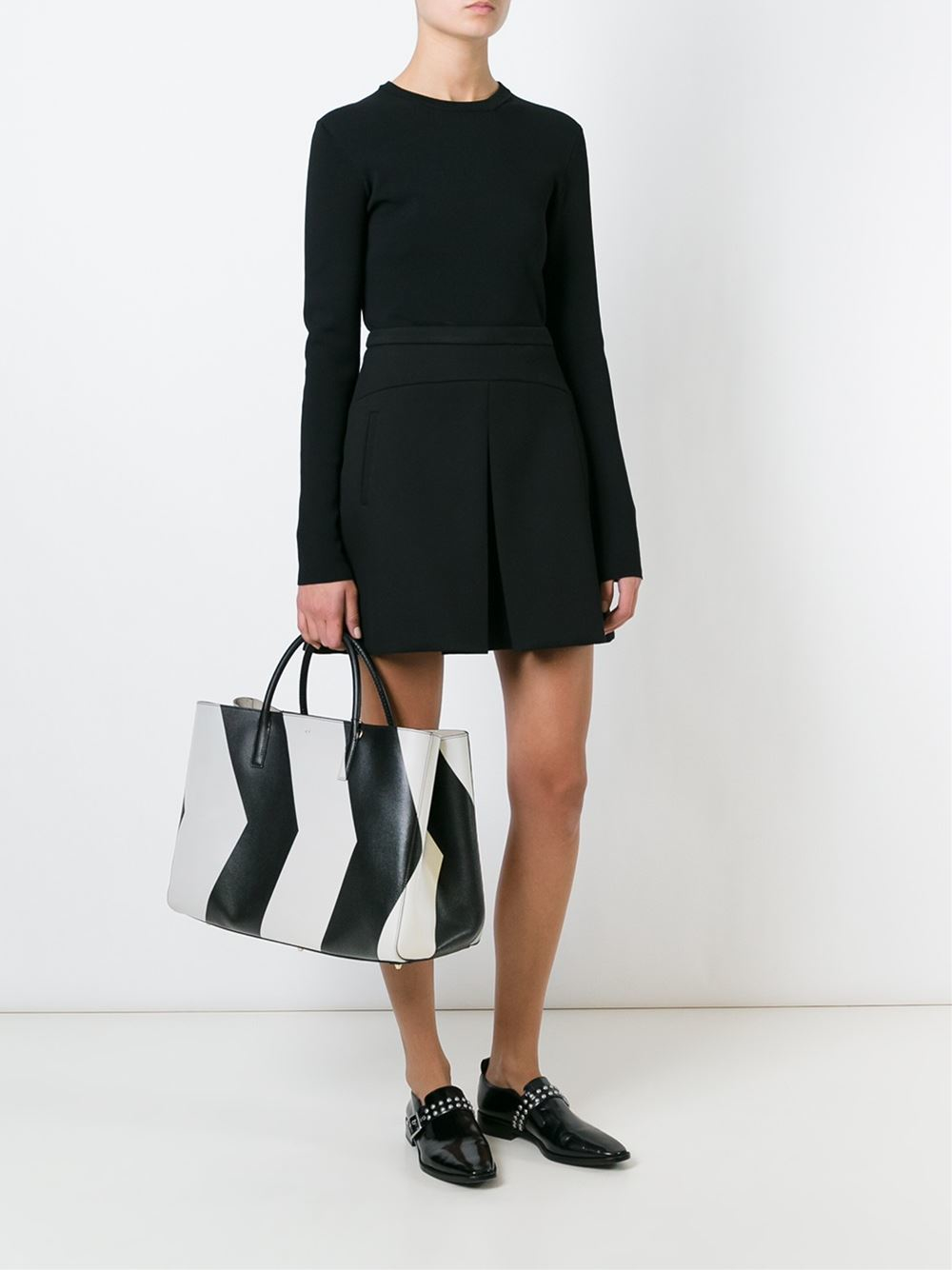 Anya Hindmarch 'chevrons Maxi Featherweight Ebury' Tote in Black