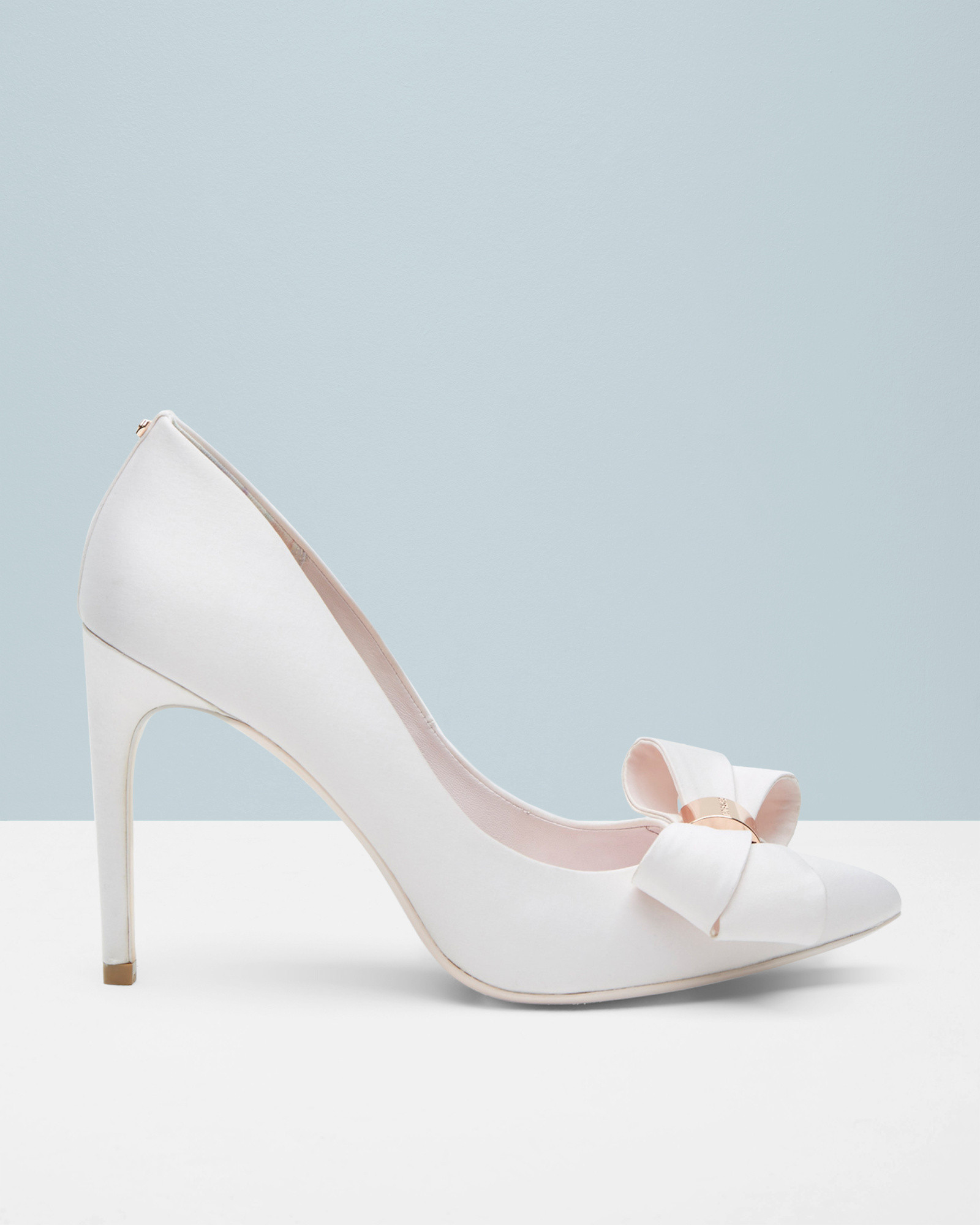 8a6b90c0a01ad8 Ted Baker Statement Bow Court Shoes In White Lyst