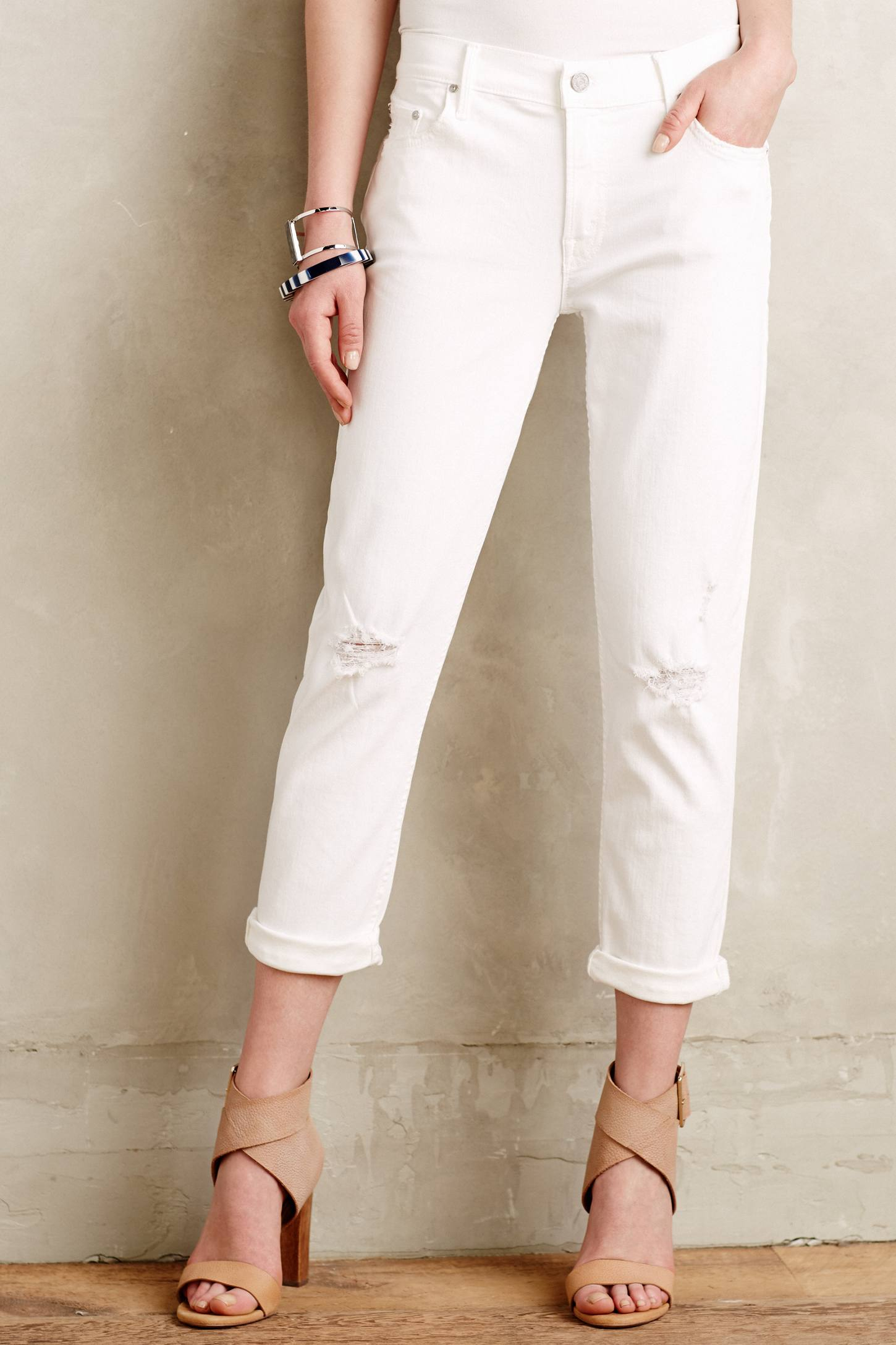 Mother Dropout Relaxed Jeans in White | Lyst