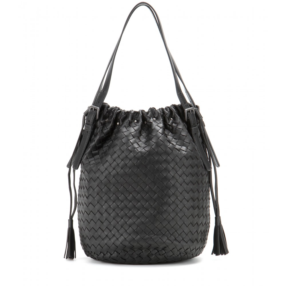 757c44ca9032 Lyst - Bottega Veneta Intrecciato Leather Bucket Bag in Black