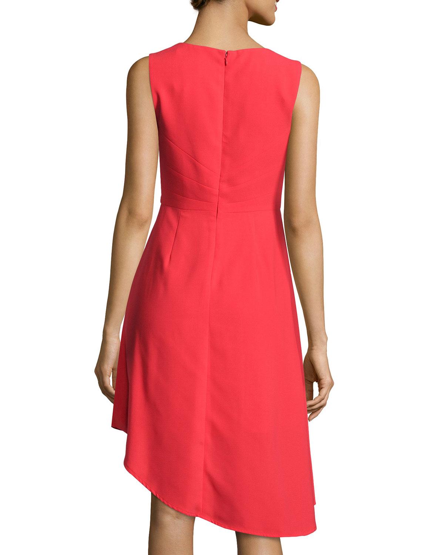 Ivy & Blu Sleeveless V-neck Pleated Dress In Metallic