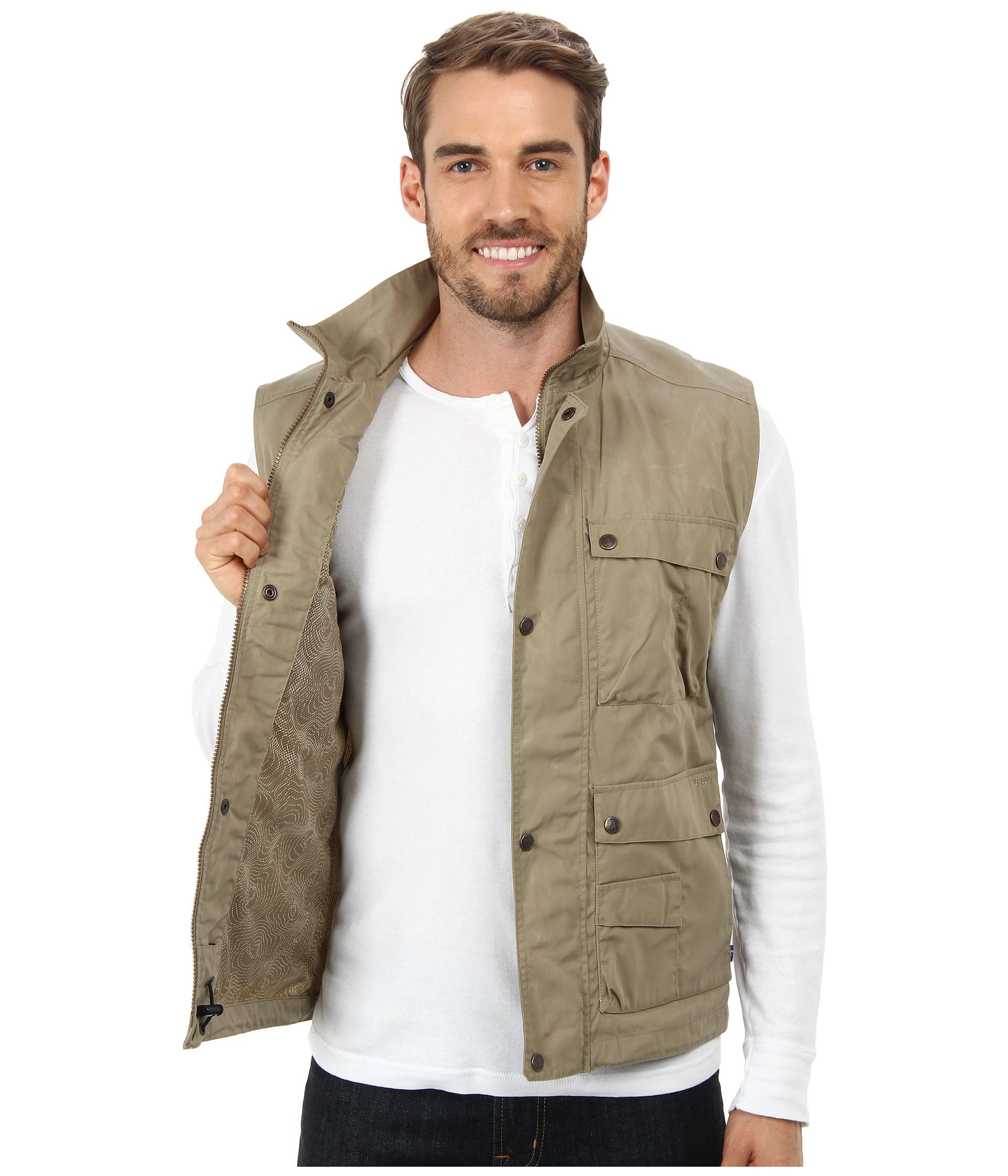 new products 2b781 76f98 Fjallraven Natural Reporter Lite Vest for men