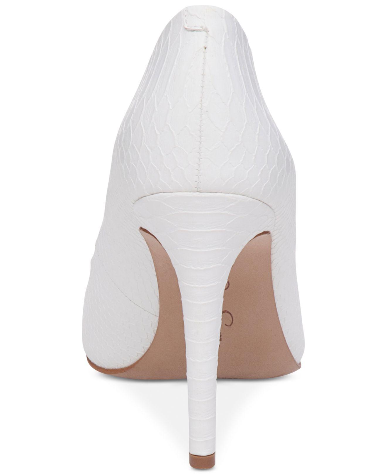 f7454df262d7 Lyst - Jessica Simpson Cassani Pumps in White