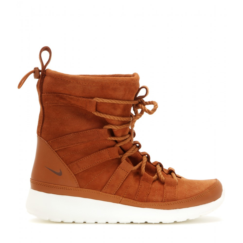 uk availability e8848 8388b Nike Brown Roshe One Hi Suede Boots