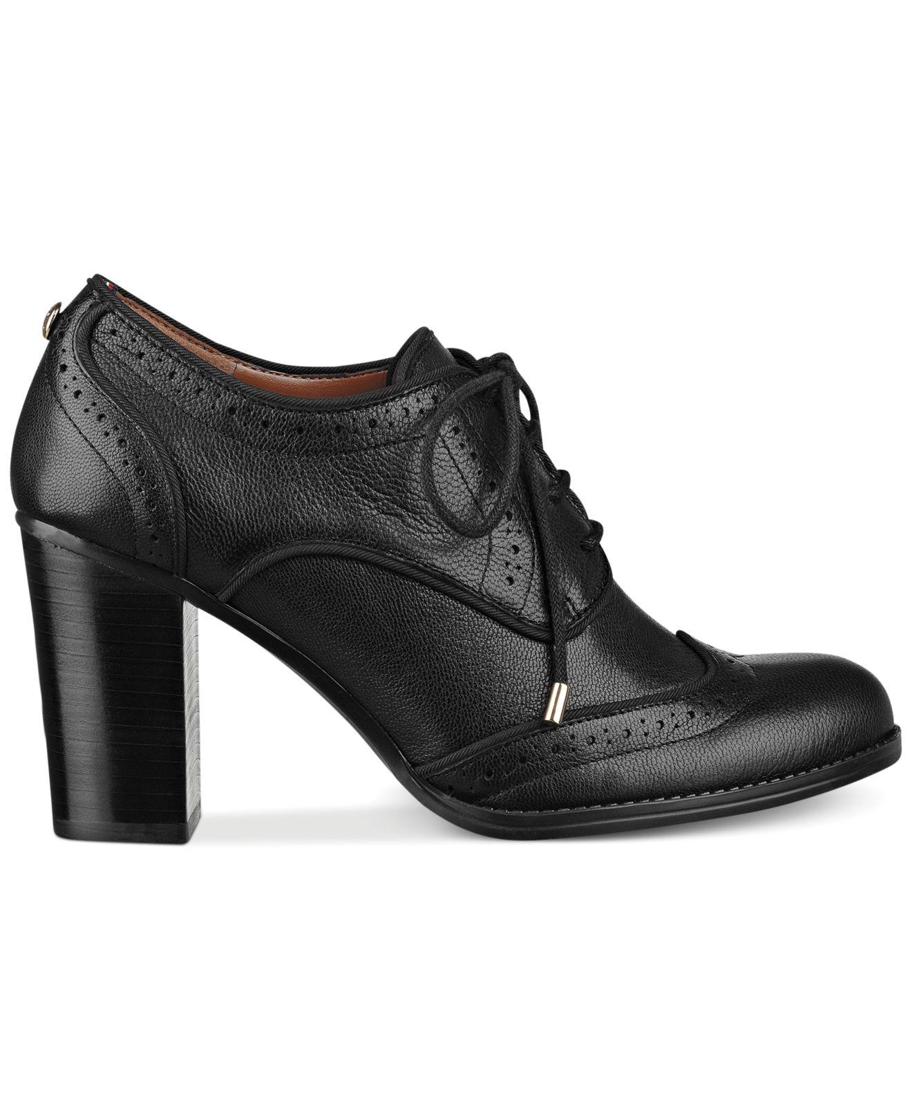 c1271755d Lyst - Tommy Hilfiger Women s Fabiole Oxford Shooties in Black