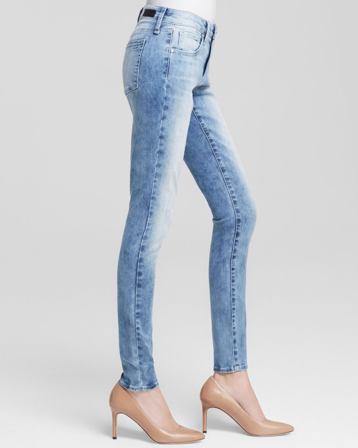 Greywire Chelsea Skinny Jeans In Cloudy in Blue