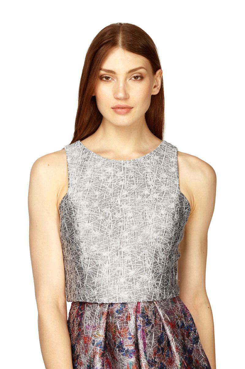 Phoebe Sleeveless Metallic Jacquard Crop Top In Silver Lyst