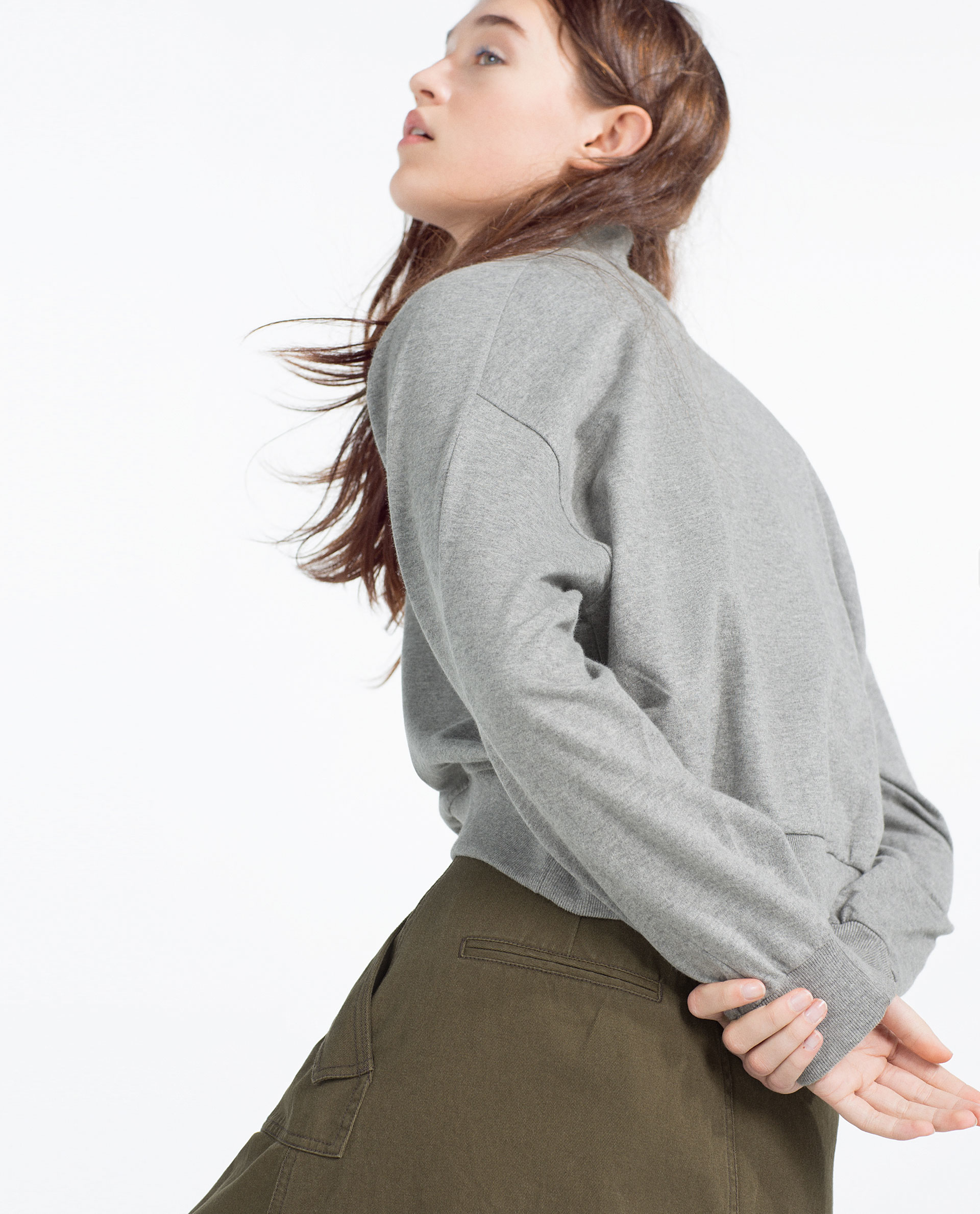 Zara Cropped Grey Sweater 8