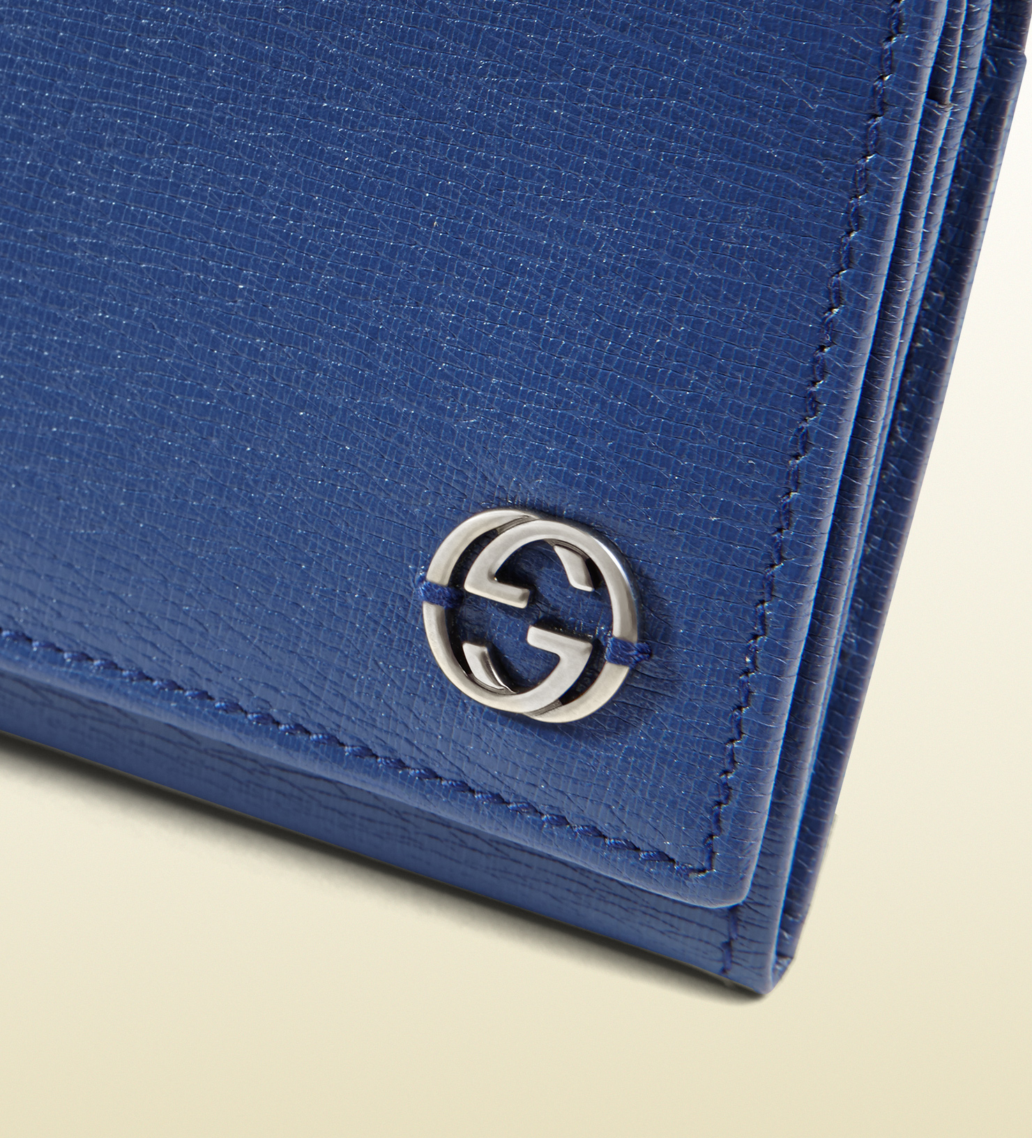 Gucci Leather Continental Wallet With Interior Print in ...
