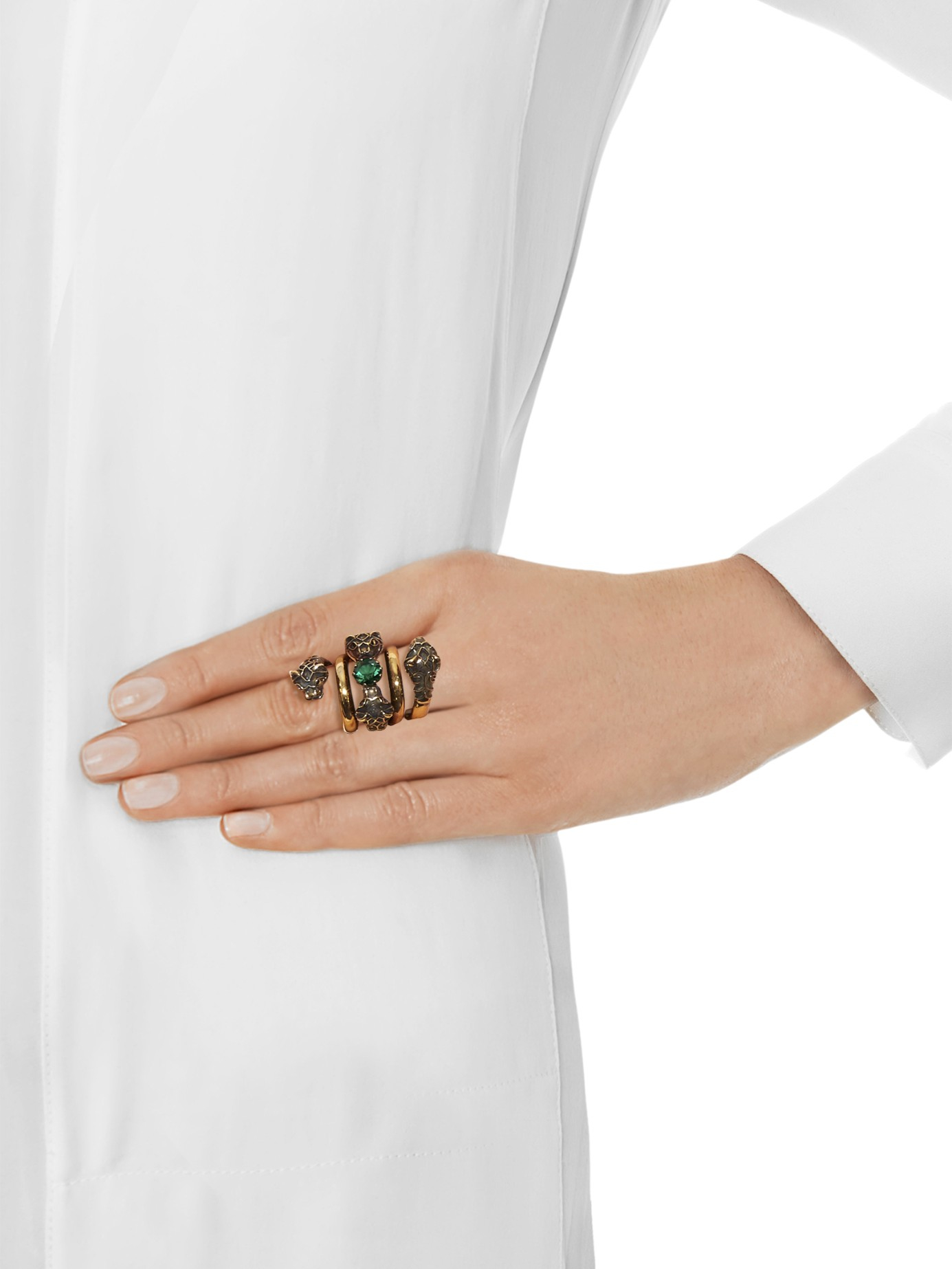Gucci Crystal Embellished Tiger Head Ring In Green Gold