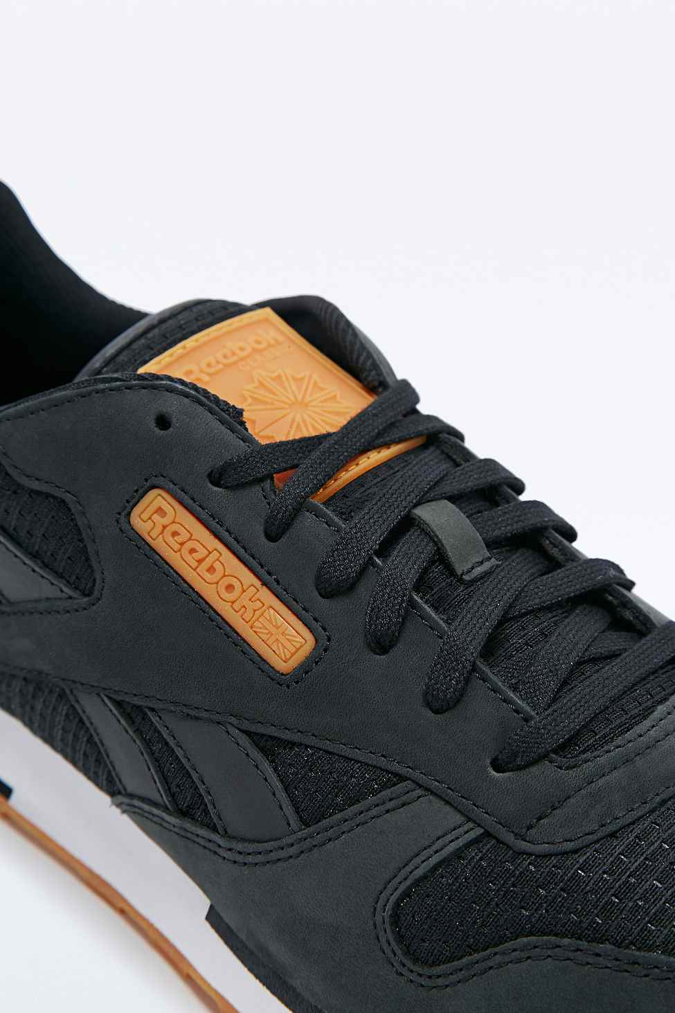 Reebok Classic Leather Utility Woven Trainers In Black in Black for ... 85c94c928